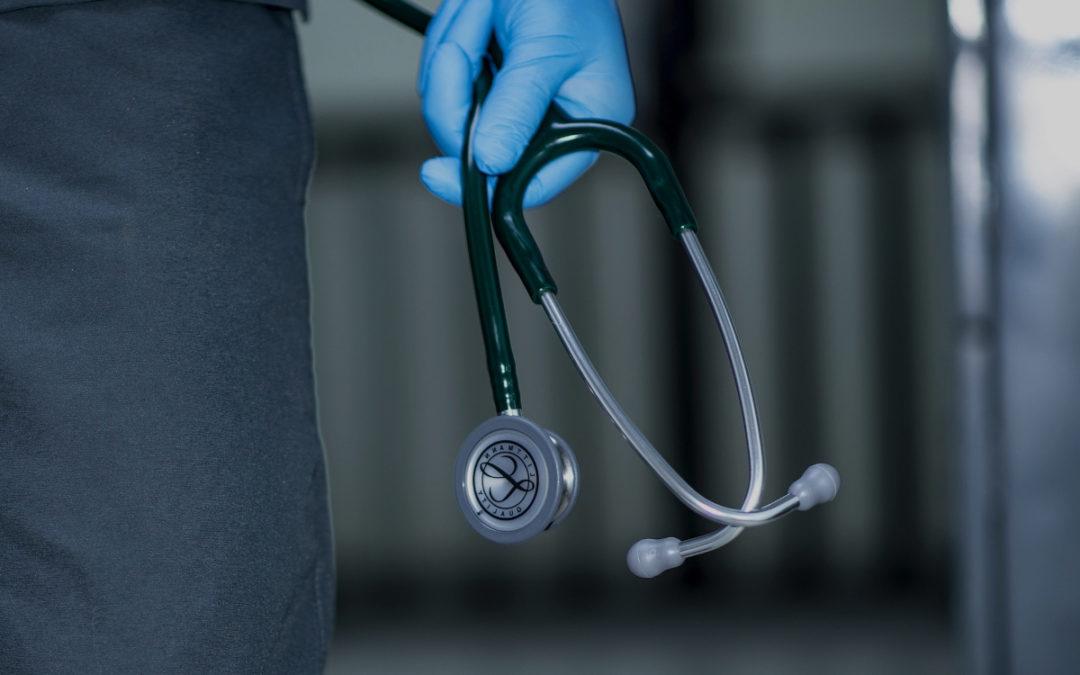 Qué es un médico internista y cuáles son sus funciones
